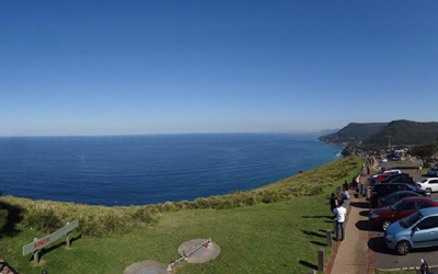 Bald Hill Lookout Stanwell Tops – Incredible views of the ocean so wide you can see the curvature of the earth