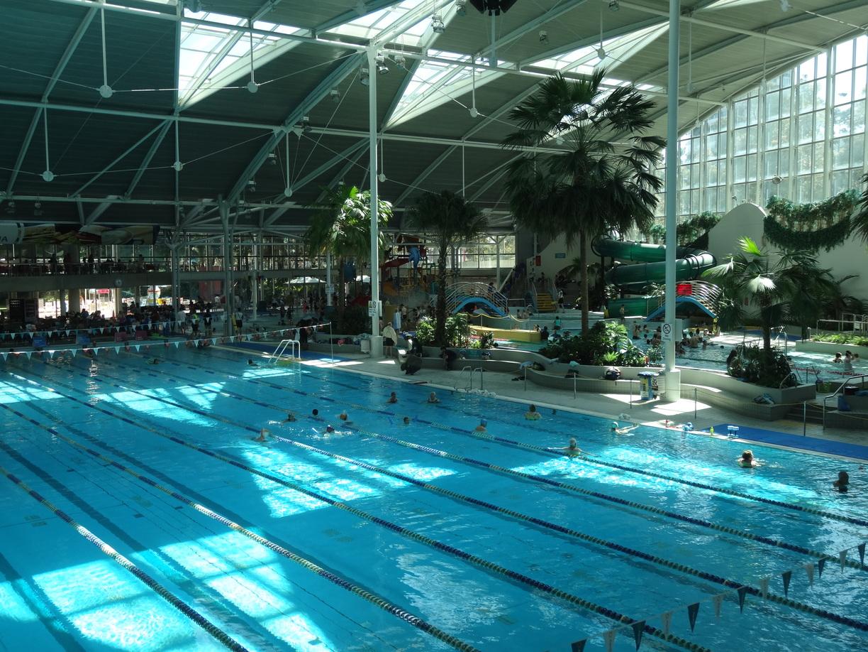 25m 10 lane Utility Pool next to the water playground