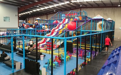 Ultimate Sydney Indoor Play Centre – A large Indoor Trampoline Park and Play Area all under one roof