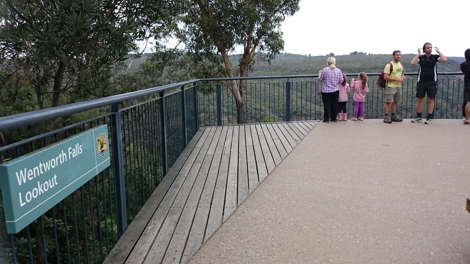 Wentworth Falls lookout Blue Mountains